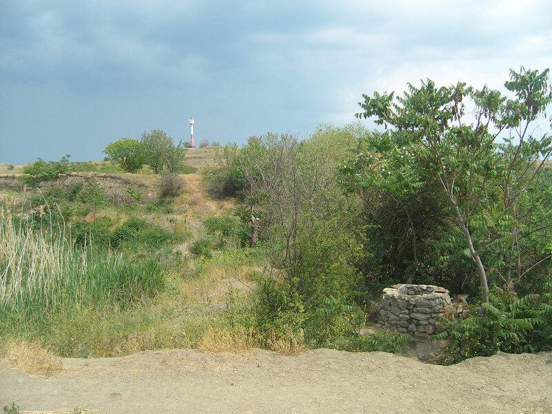 маяк и древний колодец