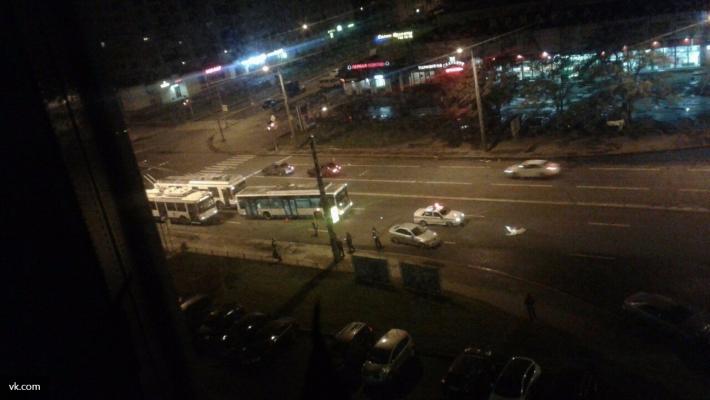 Свидетели: Наперекрестке Ветеранов иЛени Голикова умер велосипедист