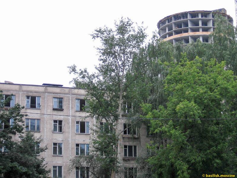 Выселенный дом на Речном вокзале. 2009.