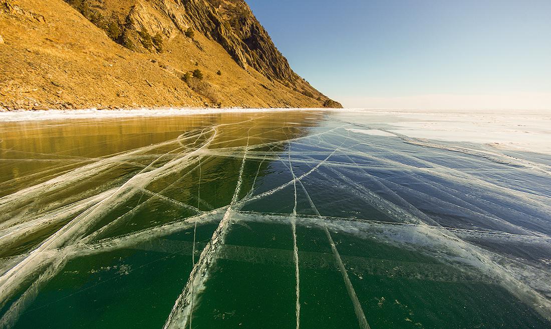 Отполированный лёд