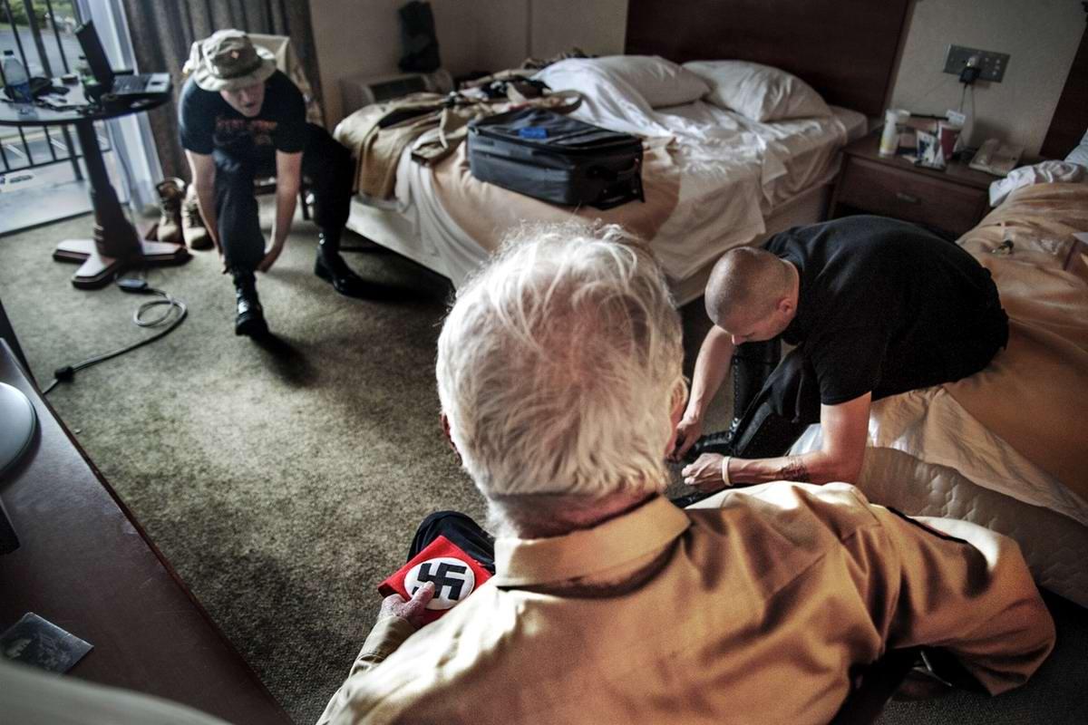 Американский фотограф Johnny Milano: Национал-социалистическое движение США в действии (10)
