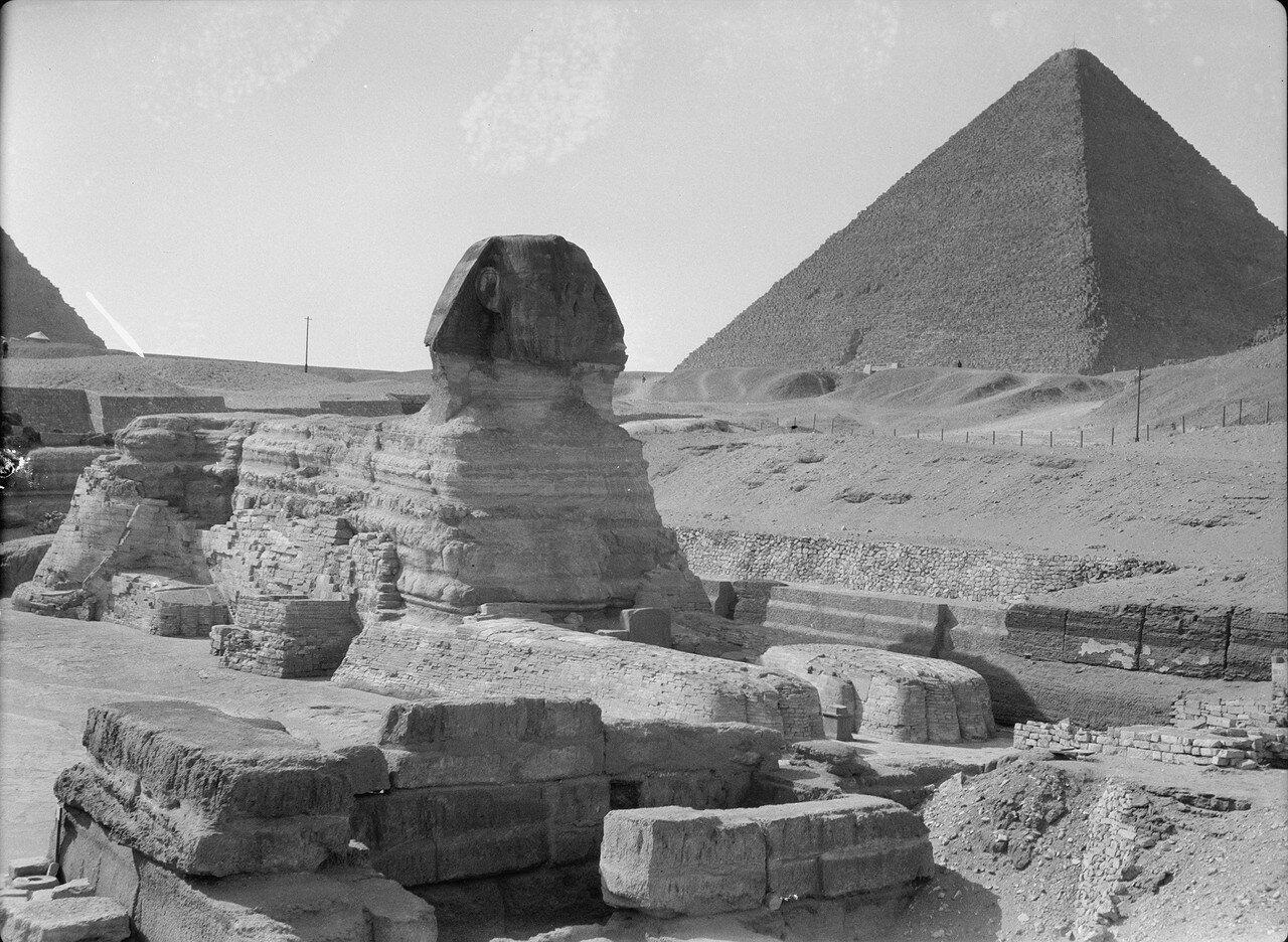 Гиза. Сфинкс и пирамиды. Общий вид. 1934