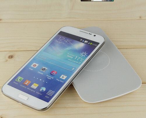 Универсальная беспроводная зарядка стандарта Qi Samsung.jpg