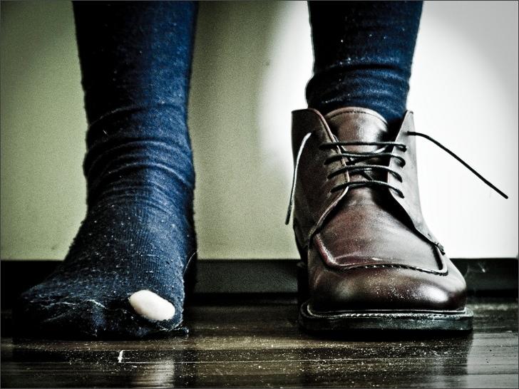 нищета драные носки