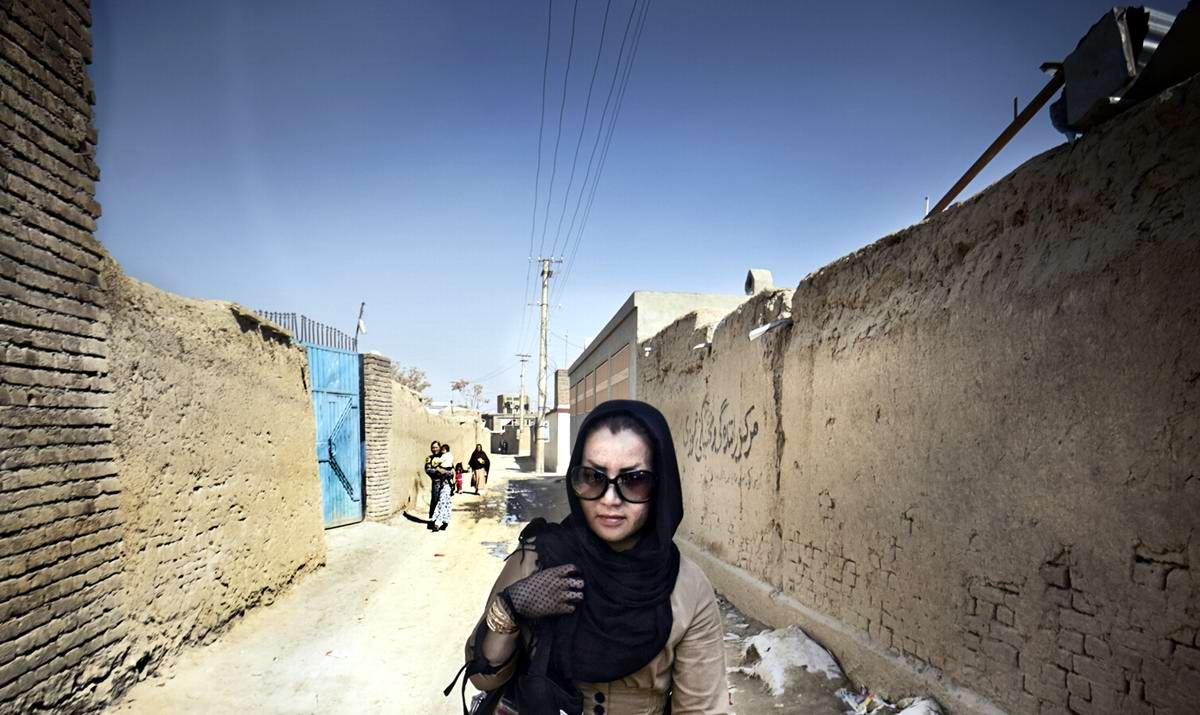 Афганские женщины из спецподразделений МВД Афганистана: картинки из жизни (17)