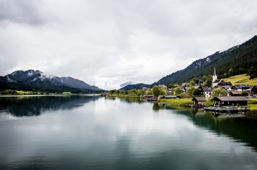 Любоваться можно бесконечно… Австрийское озеро Вайсензее в объективе фотографов
