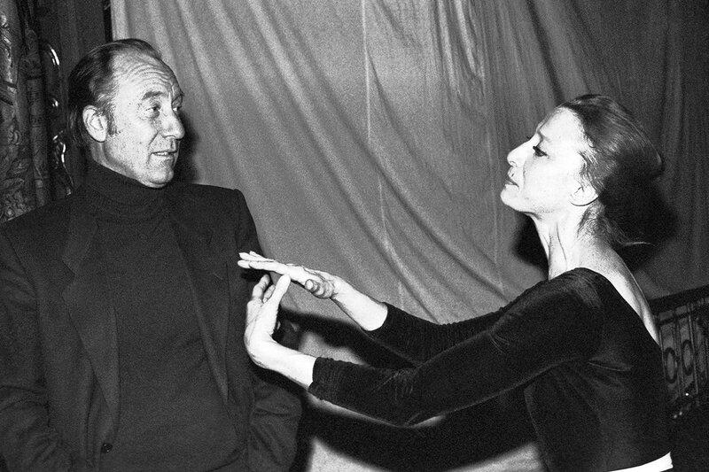 Майя Плисецкая и композитор Родион Щедрин во время репетиции балета «Дама с собачкой», 1985 год.jpg