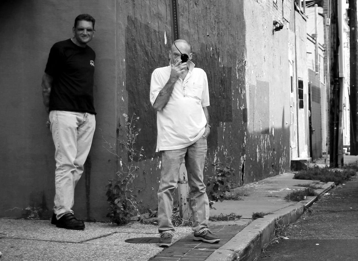Неулыбчивая Америка: Черно-белая жизнь в бедных кварталах современного Балтимора (11)