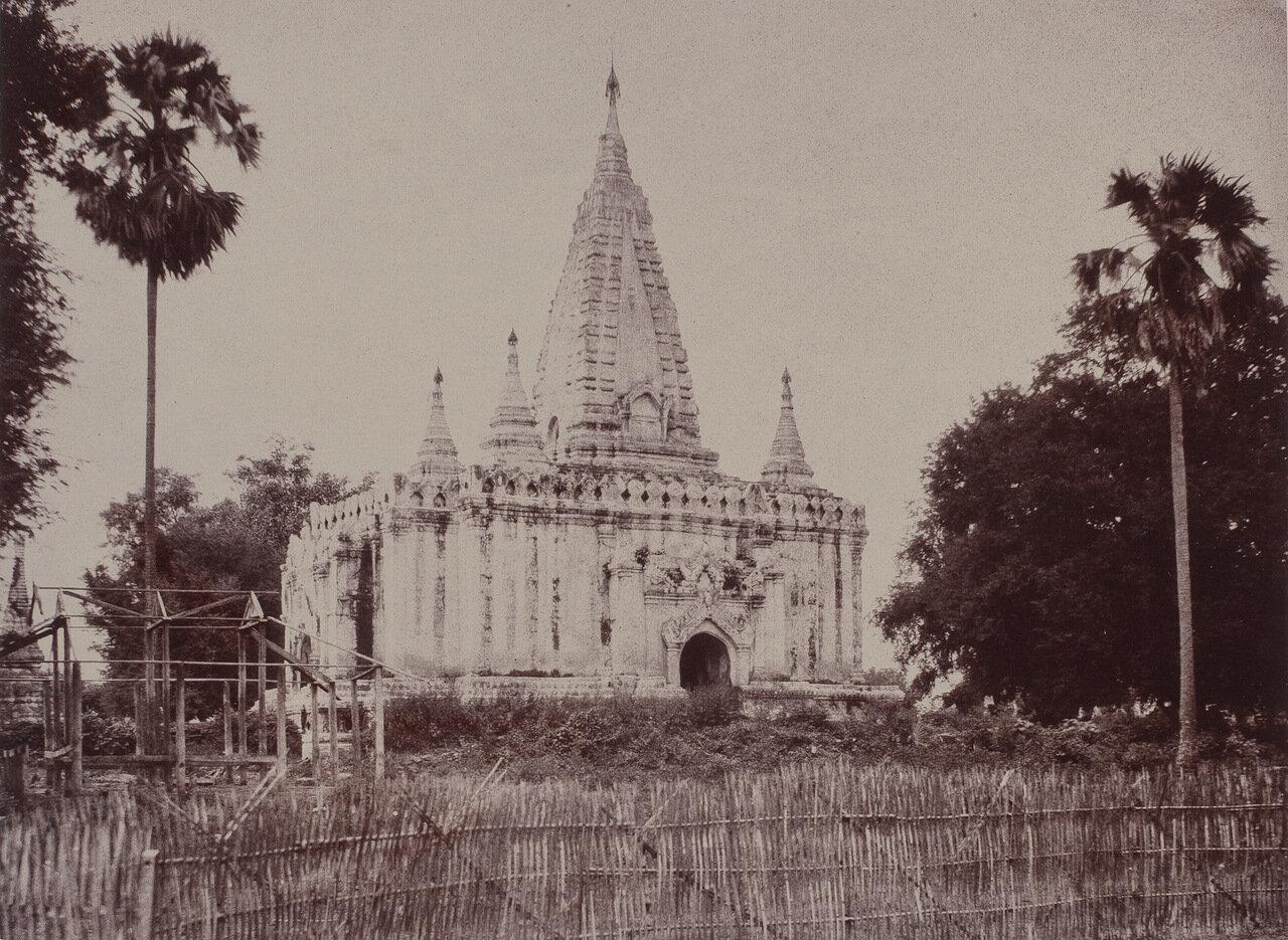 Таемьо. Пагода
