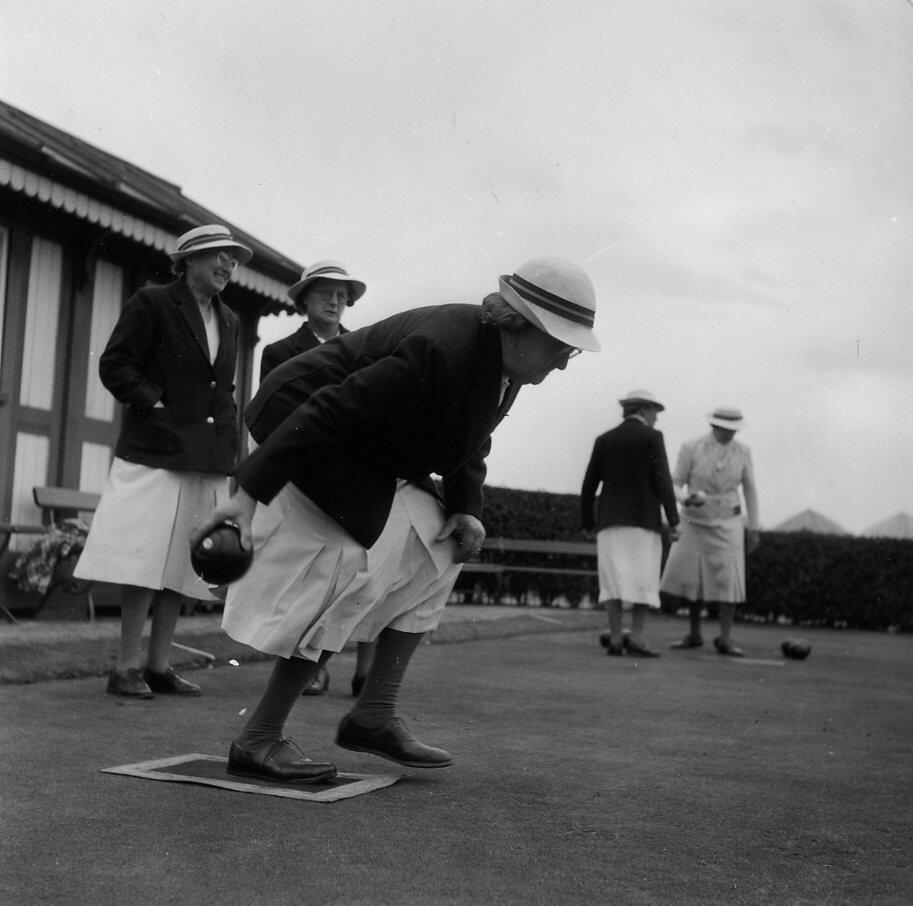 1950. Бросая шар. Англия