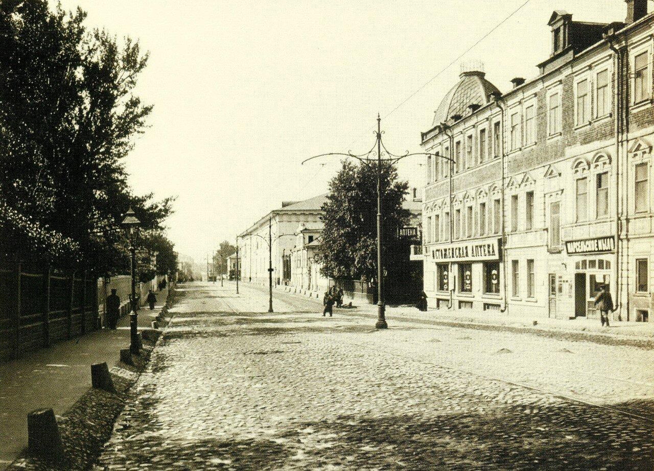 216. Остоженка. Вид в сторону Крымской площади. 1914