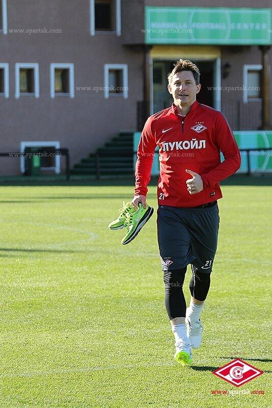 Беговая тренировка «Спартака» и теннисбол (Фото)