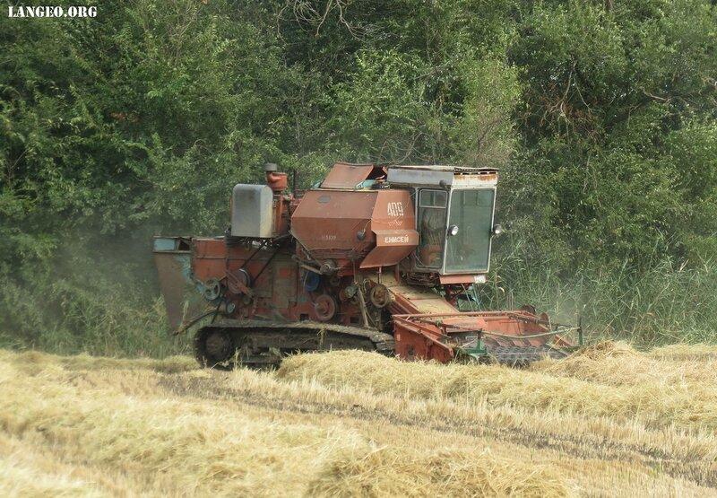 ремонт зернового комбайна енисей такое усилитель звука
