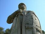 Estátua de D. Nuno Álvares Pereira no Monte do Castelo.jpg