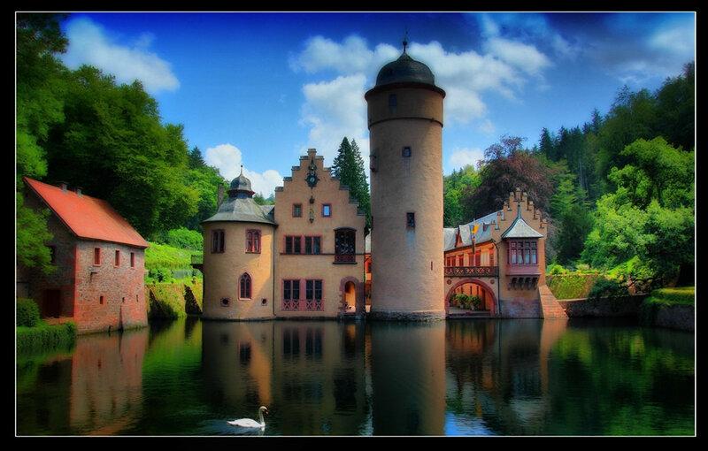 Wasserschloss Mespelbrunn..jpg