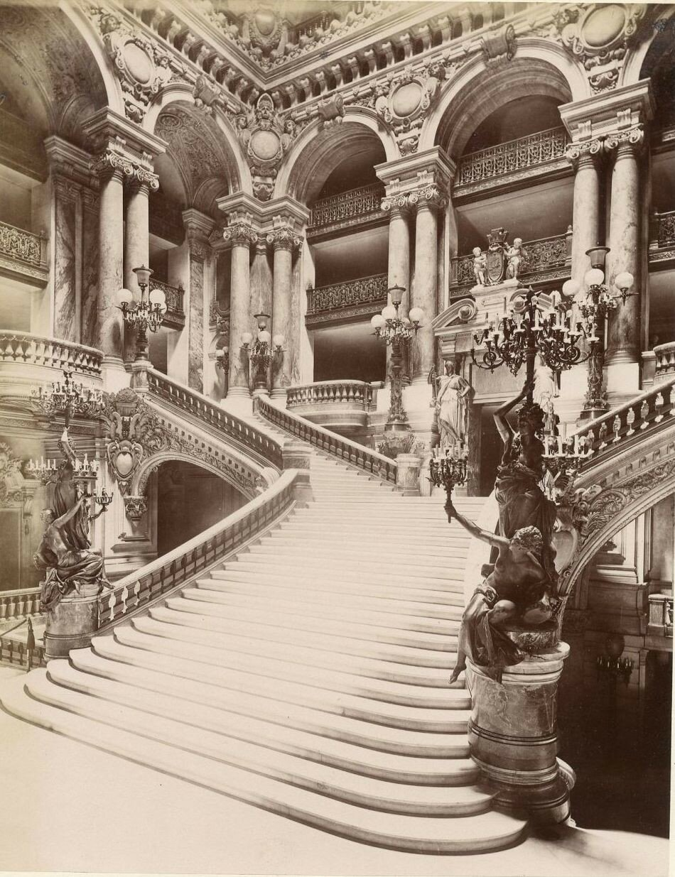 Главная лестница в Опере