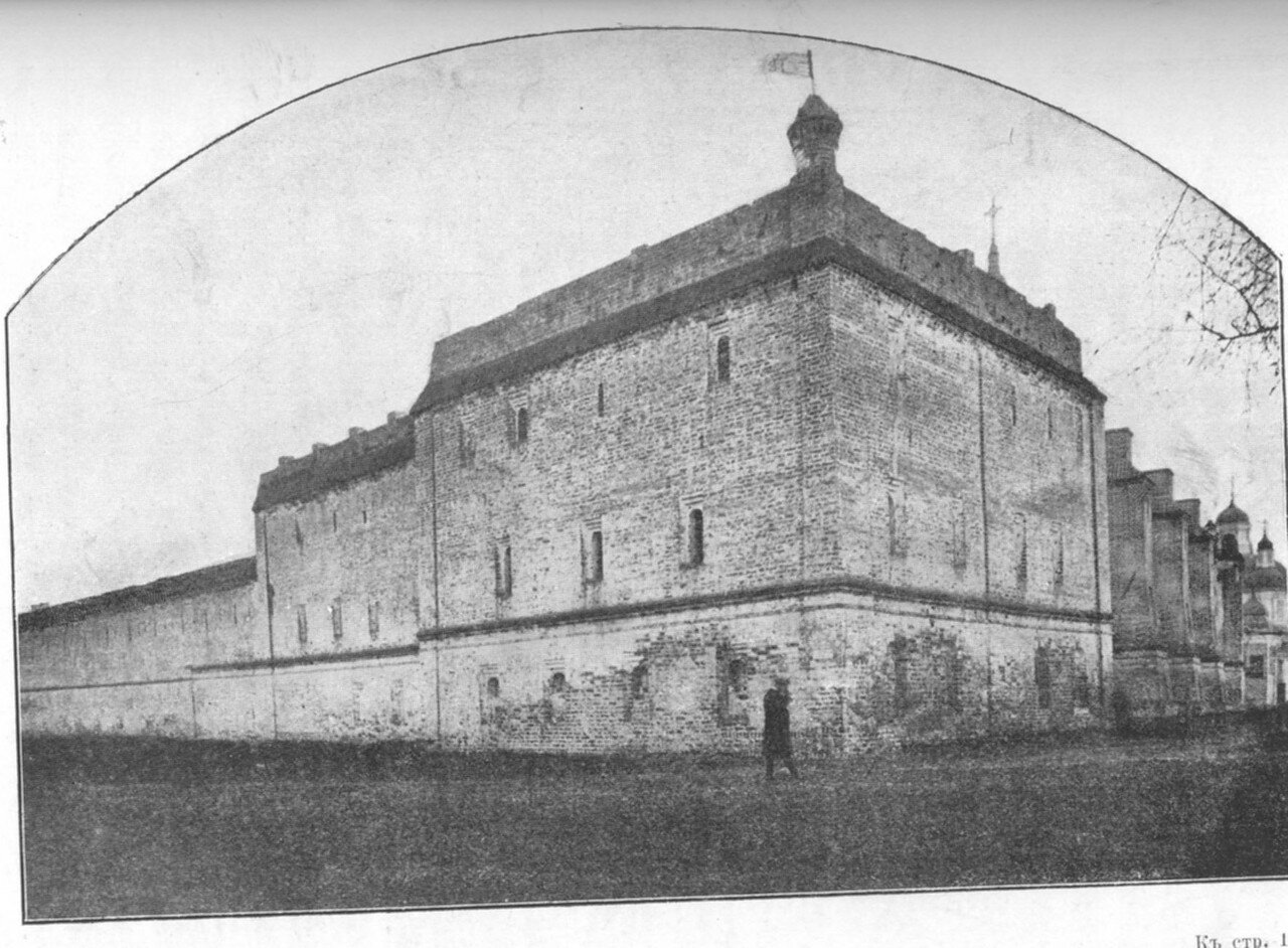 3.Юго-западная башня стены Архиерейского дома (наружный вид)