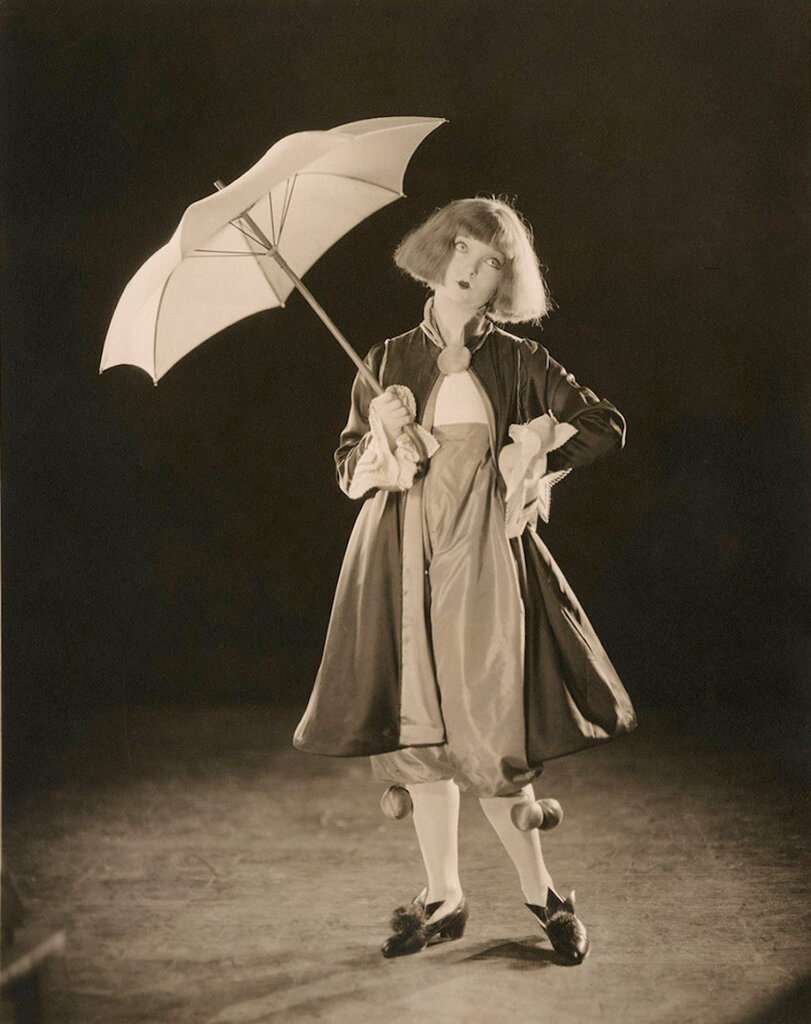 """Marjorie Peterson in a Ingeborg Hansell designed costume for the """"You Are My Rain Beau"""" number of the Greenwich Village Follies of 1922.jpg"""