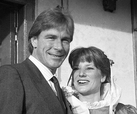 james_hunt_wedding_marlborough_sarah-lomax-17-12-1983.jpg