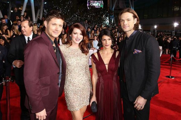 Голосование за Supernatural на конкурсе Peoples Choice Awards 2015