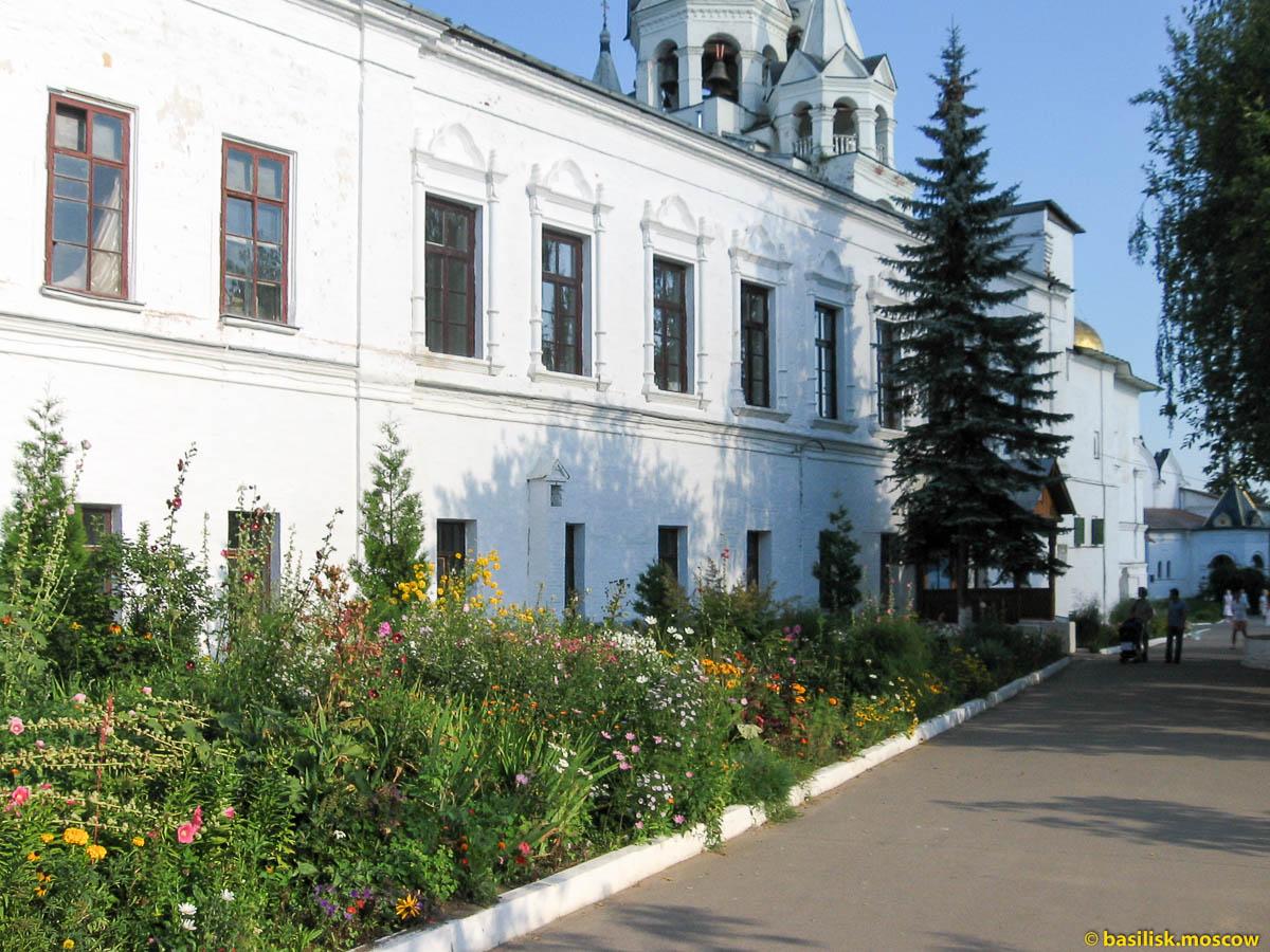 Звенигород. Саввино-сторожевский монастырь. Август 2007.