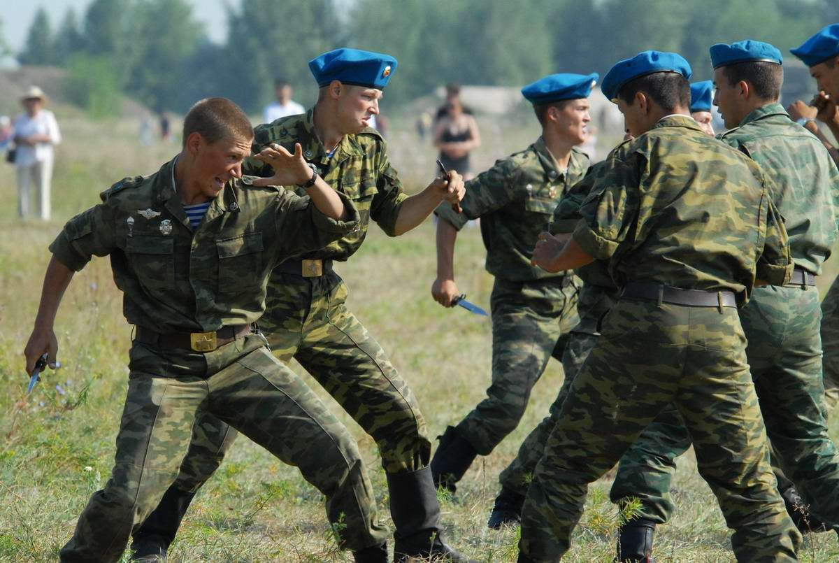 На учебном поле брани: Картинки из жизни бойцов различных спецназов (8)