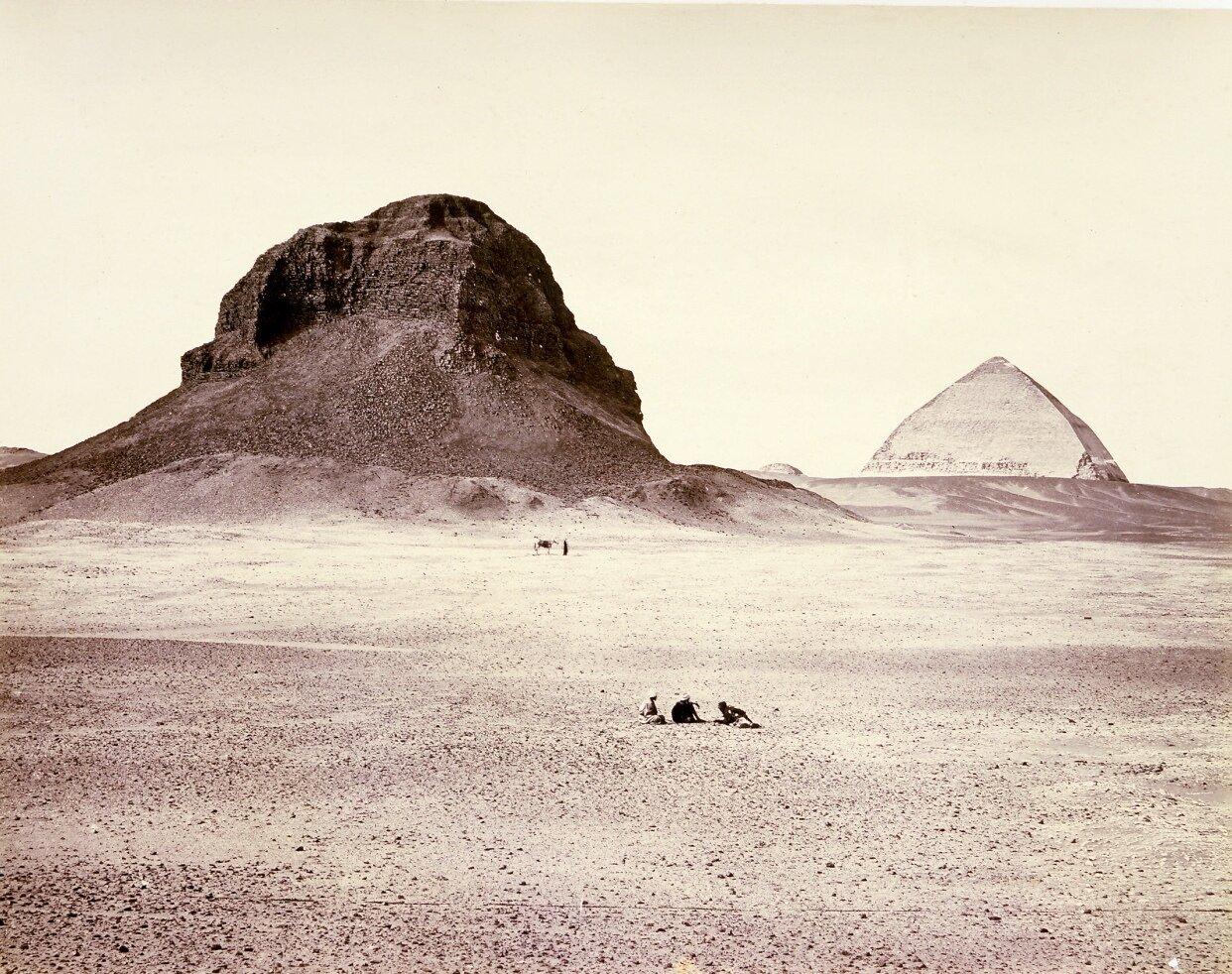 Дахшур. Пирамиды, вид с востока. 1858