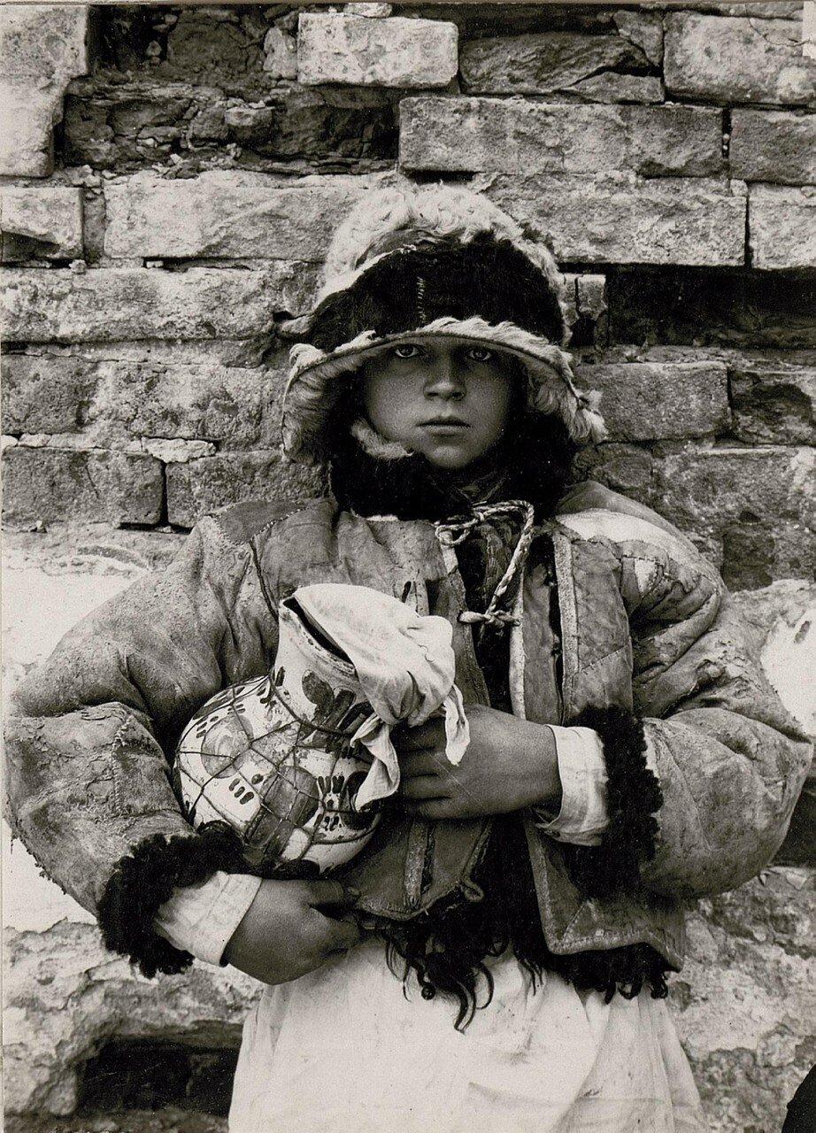 Галиция. Русинский крестьянский мальчик в Кутах