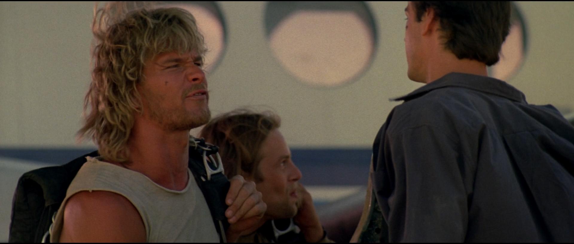 film methodologies point break 1991 Convaincu d'avoir à faire à d'intrépides surfeurs, johny décide d'infiltrer le milieu de la planche action, suspense, casting époustouflant, tous les ingrédients sont réunis pour faire de point break un film prenant.