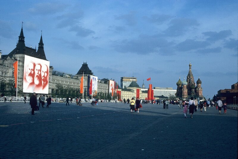 1989 Moscow May Day4.jpg