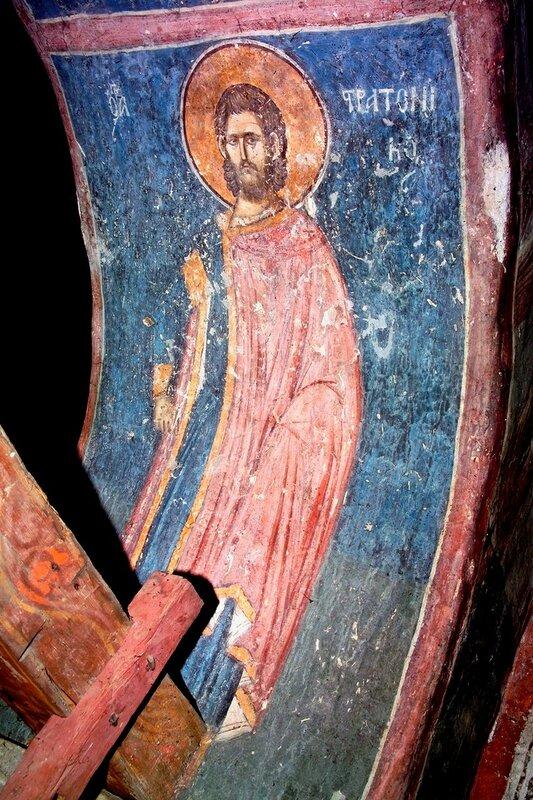Святой мученик Стратоник Сингидонский (Белградский). Фреска монастыря Высокие Дечаны, Косово, Сербия. Около 1350 года.