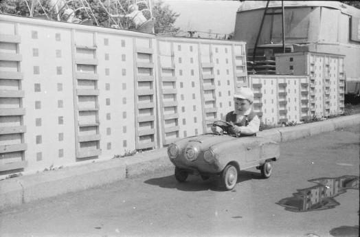 Летние дворовые забавы, игры и «затей» советских детей 0 11e743 e614324e orig