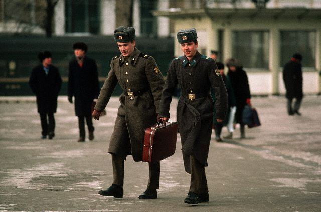 1986-1987: Moscow, Military