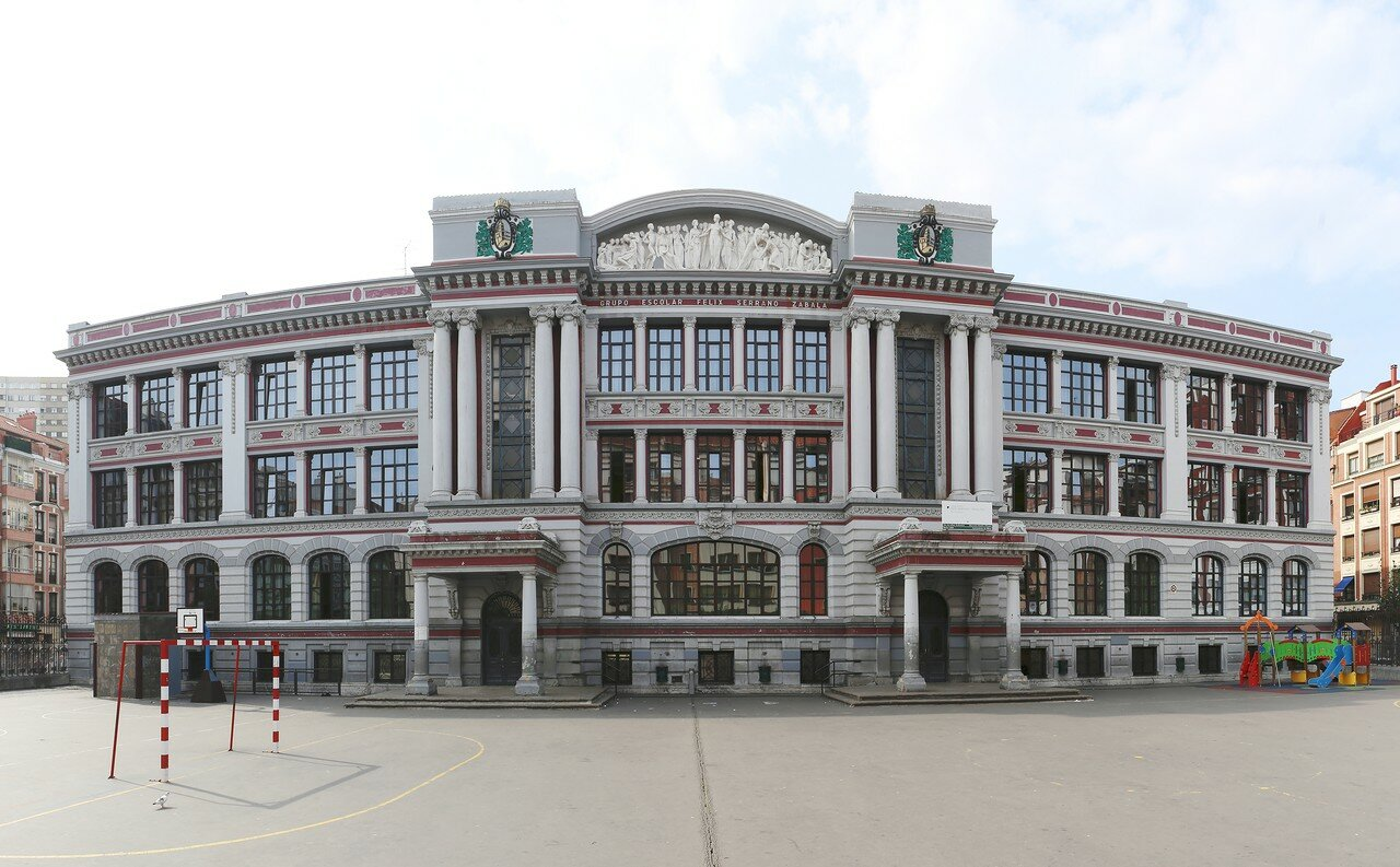 Бильбао. Колледж Феликса Серрано (Colegio Público Félix Serrano)