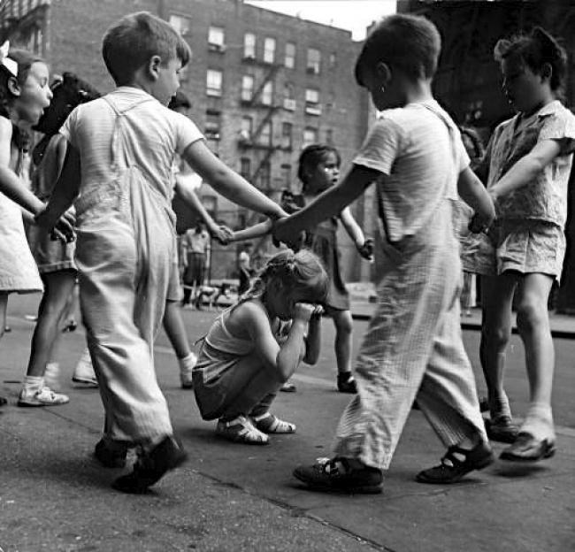 Игры водворе, 1948г.