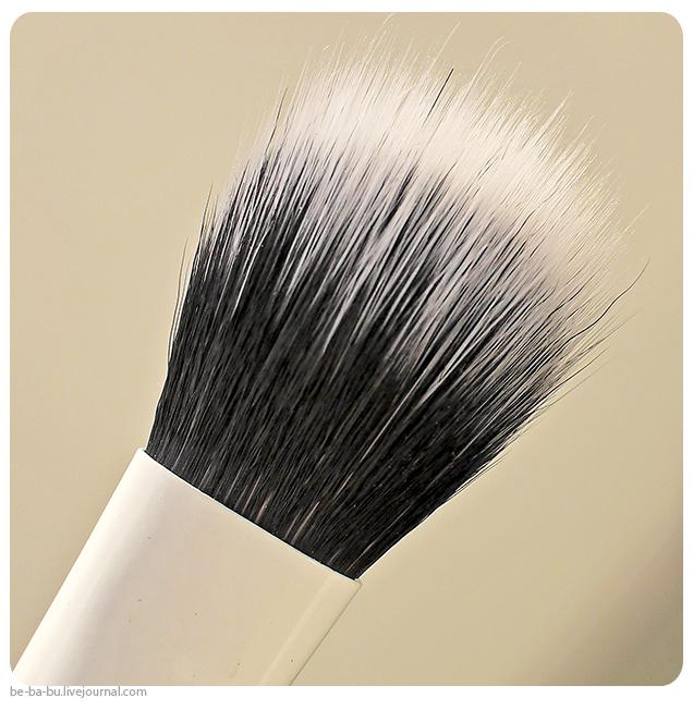 Кисти-iHerb-EcoTools-Skin-Perfecting-Brush-for-BB-CC-Creams-Real-Techniques-Samantha-Chapman-review-отзыв4.jpg