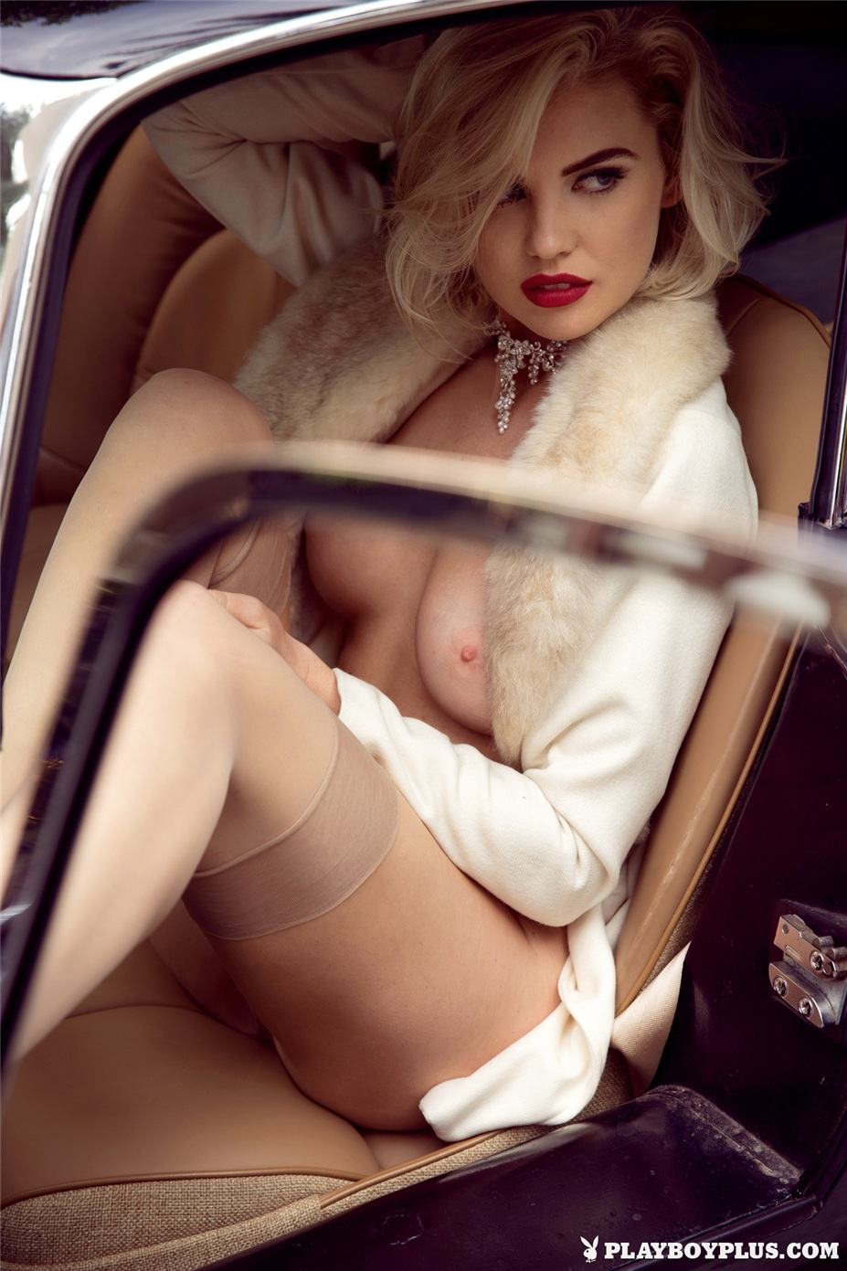 Девушка месяца Кейсли Коллинс / Kayslee Collins - Playboy USA Miss February 2015