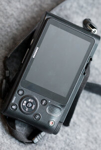 07. Samsung NX1000