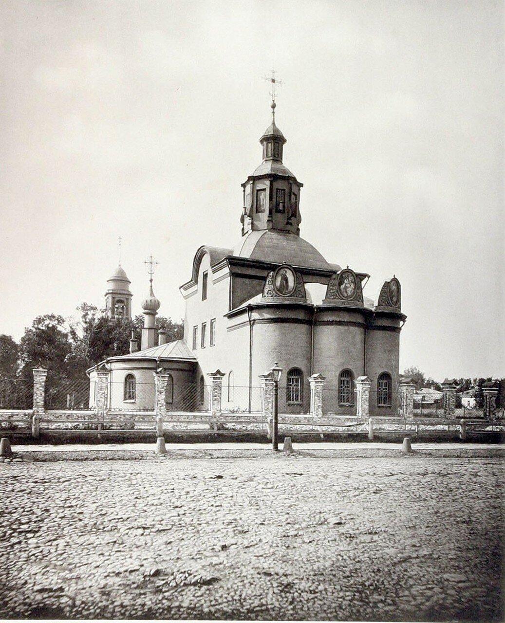 399. Церковь Животворящей Троицы на Капельках