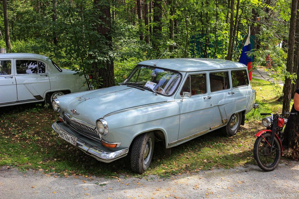 ГАЗ-22 Волга универсал