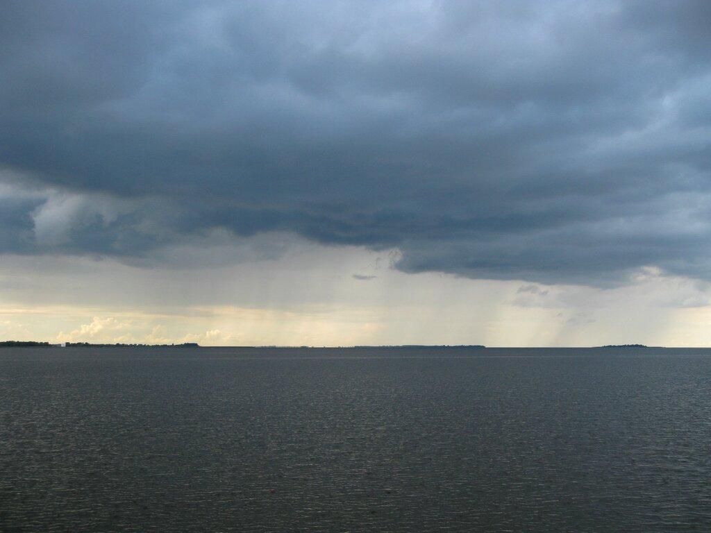 Дождь, Псковское озеро