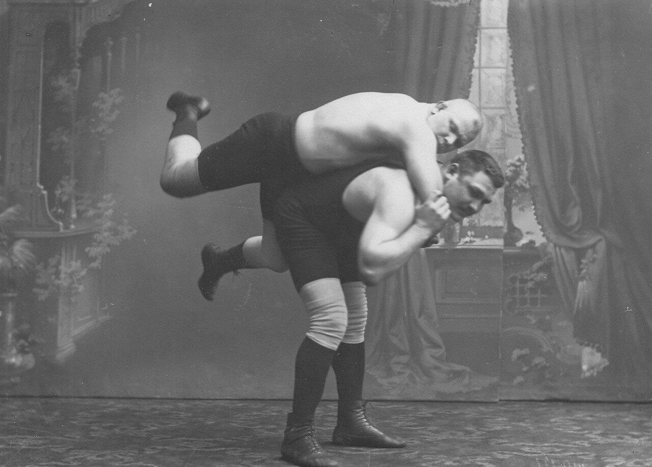 26. Момент борьбы на ринге