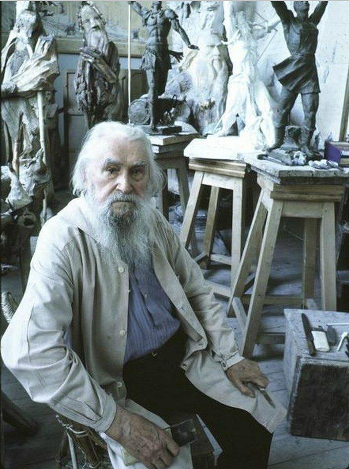 Москва. Коненков, советский скульптор, который когда-то жил в Соединенных Штатах