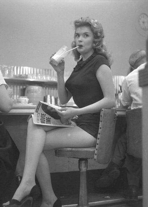 Jayne Mansfield.jpg