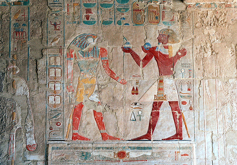 800px-Luxor,_hieroglyphic_decorations_inside_the_Temple_of_Hatshepsut,_Egypt,_Oct_2004_A.jpg
