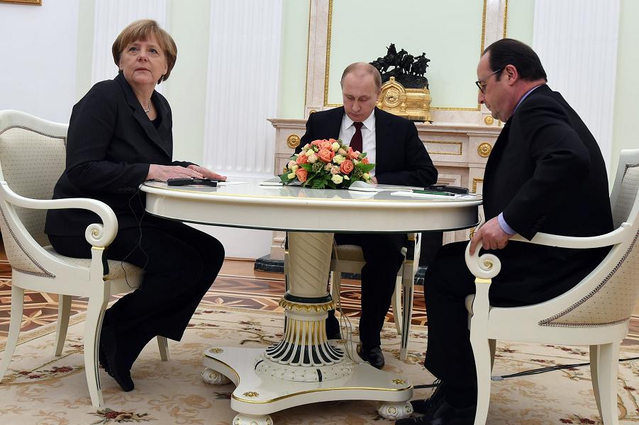 Путин, Олланд и Меркель 8.png