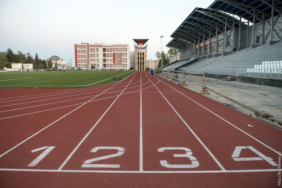 беговые дорожки стадиона икар