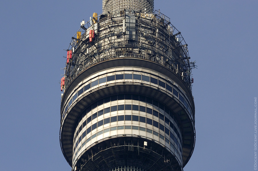 3. Тут хорошо можно рассмотреть: первые три этажа это ресторан «Седьмое небо», над ними смотровая пл