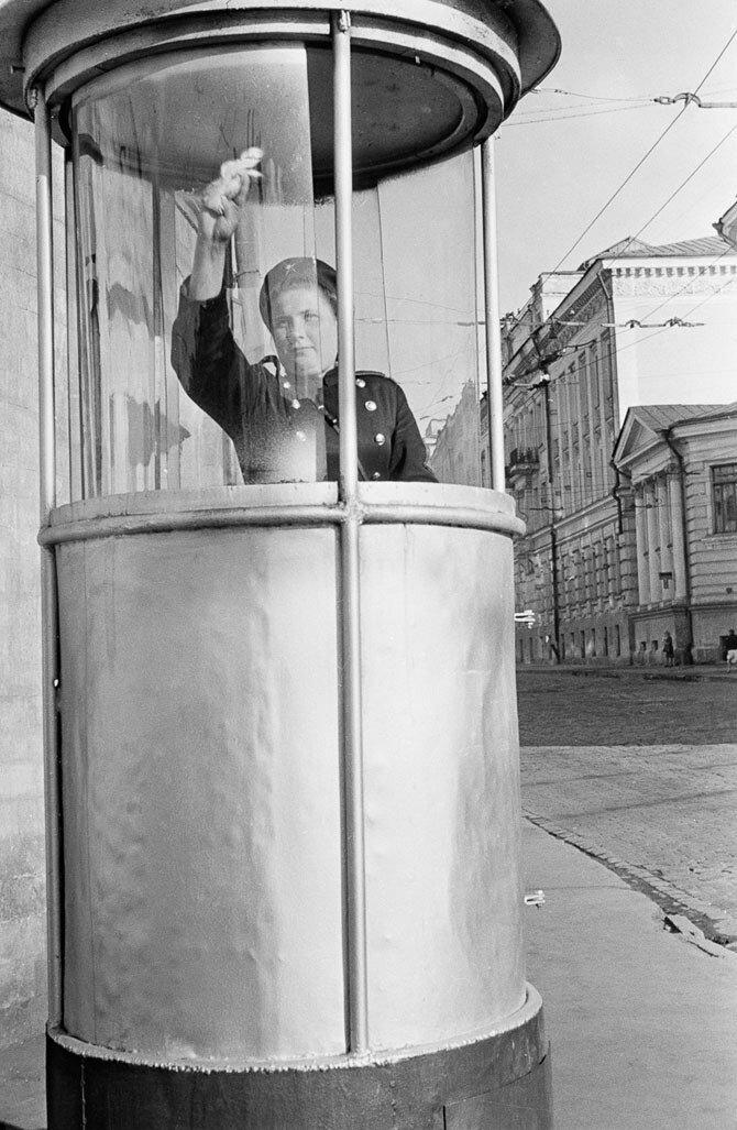 136. 1950-е. Милицейская будка. Москва
