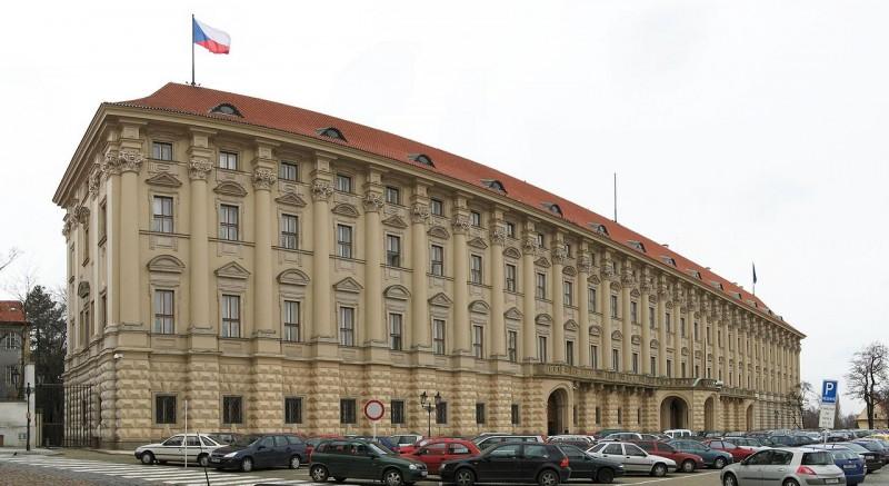 Чернинский-дворец-2-800x437.jpg